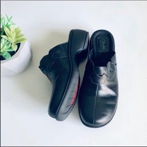 Clarks Artisan Backless Mules in Black Leather